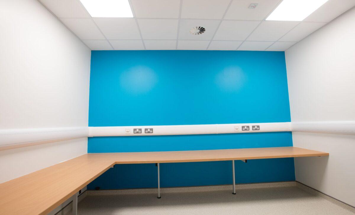 147_Flynn_MFS_MauriceFlynn_Maintaining_Hospitals_Belfast_NI_BCH_BelfastCityHospital_ICU Refurbishment (1)